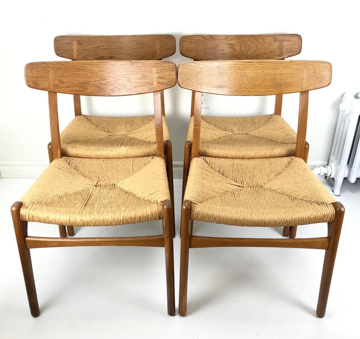 CH23 Dining Chairs by Wegner