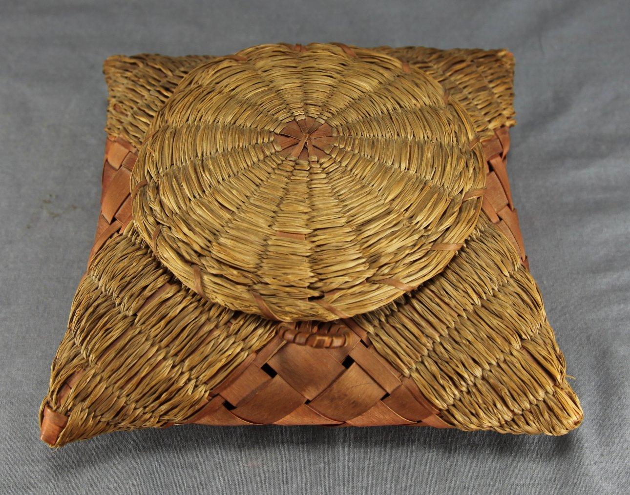 Mi'kmaq Handkerchief Box