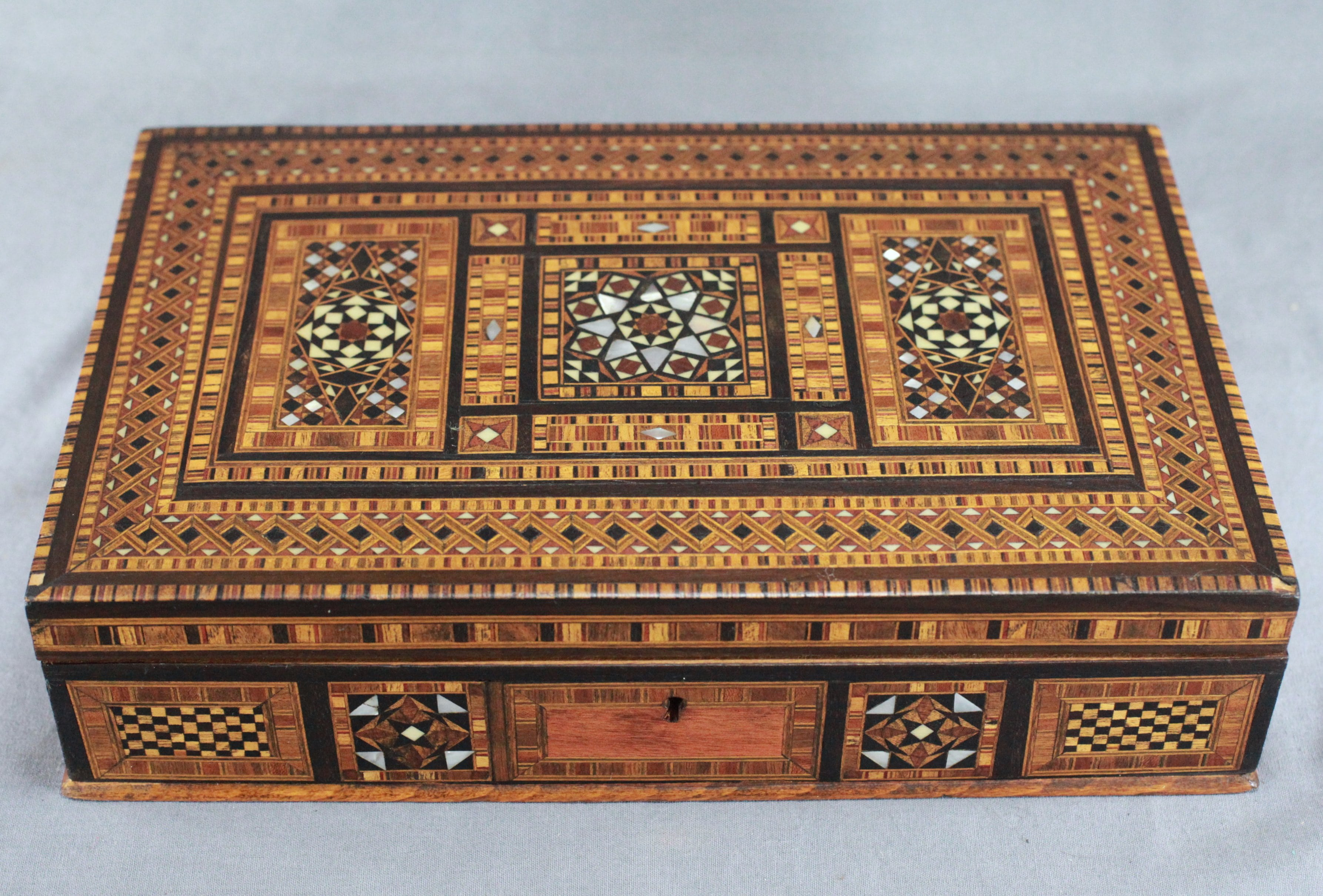 Anglo-Indian Marquetry Box