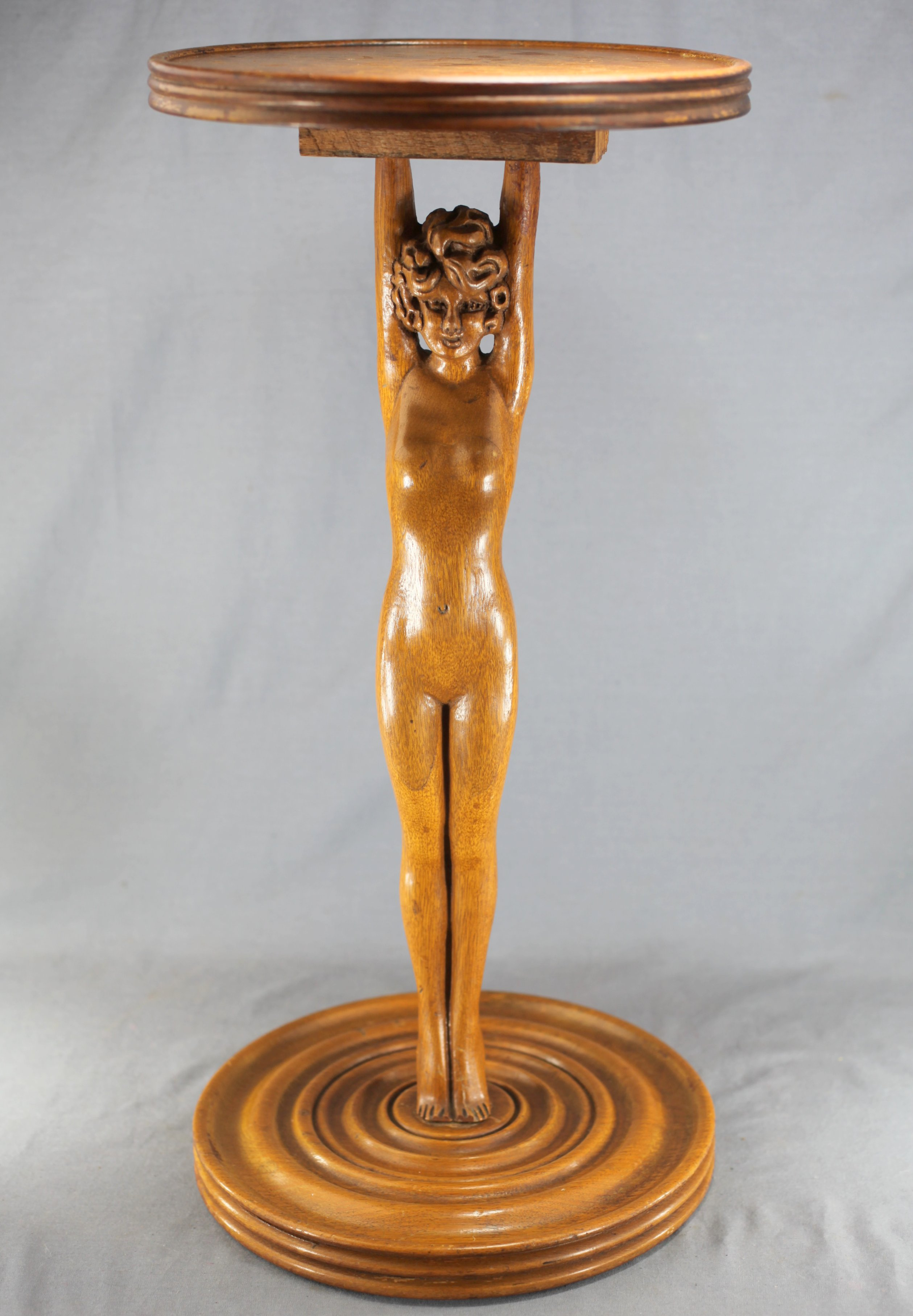 Art Deco Lady Stand